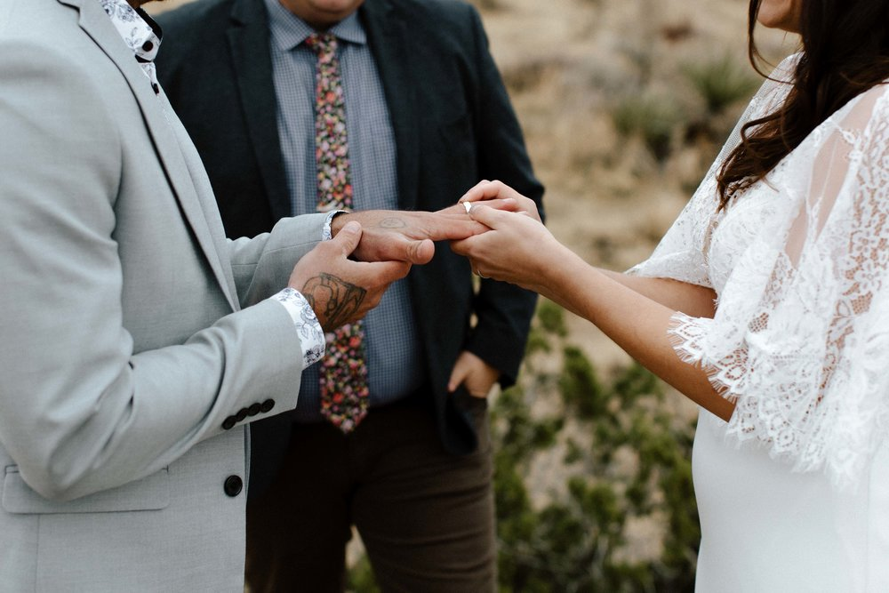 America Joshua Tree Palm Springs Elopement wedding-33.jpg