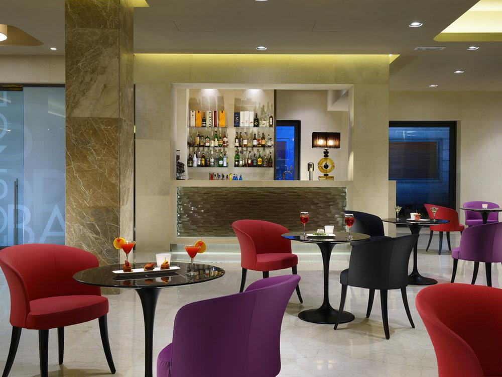 Hotel med2.jpg