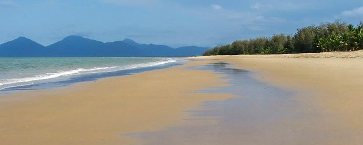 Yorkeys Knob, Beach, Cairns, Australia