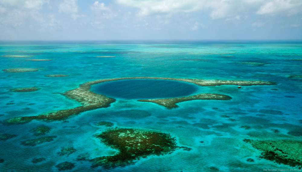 Great Blue Hole  Lighthouse Reef Belize