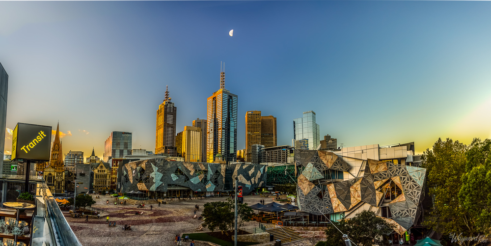 Melbourne Australia - Photo by Zygmunt Spray