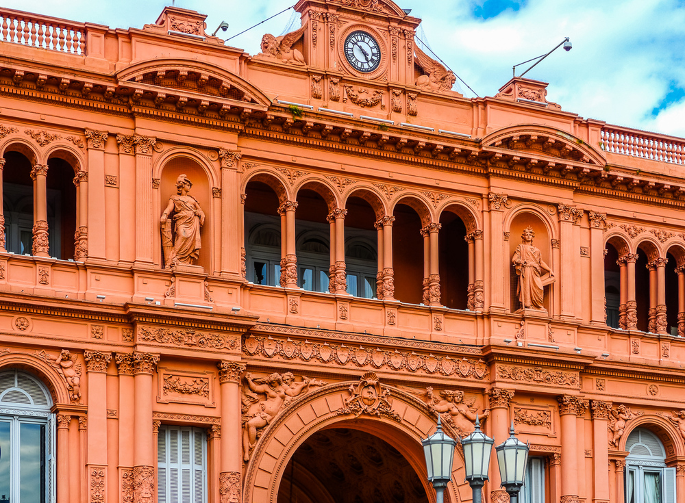 The presidential (and Evita's) balcony, Casa Rosada. Photo by Johanna Read TravelEater.net