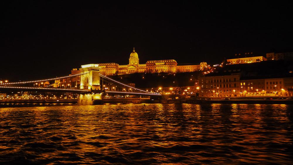 Széchenyi Bridge - Wayward Weekend Budapest