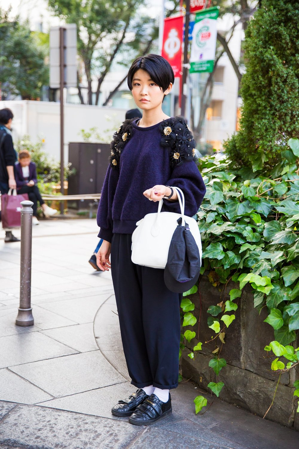 embellished sweater tokyo-street-style-spring-2016-day-4-02.jpeg
