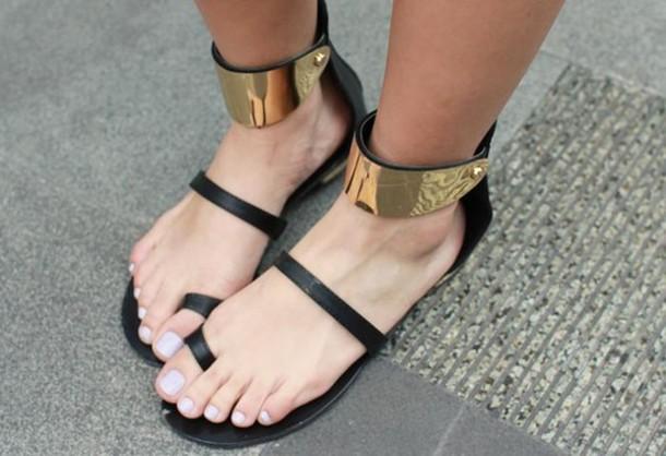 cuffed sandals2