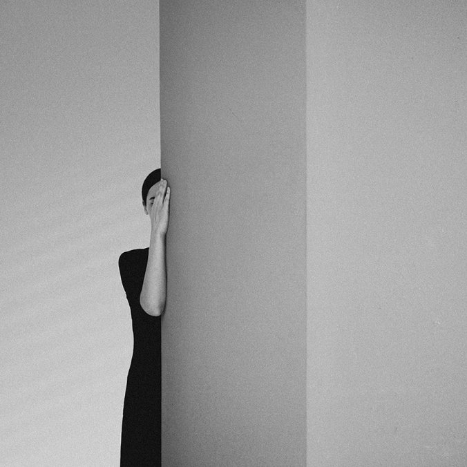 anxiety-black-white-photography-noell-oszvald-hungary-12.jpg