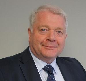Dr Ian white   Consultant dermatologist