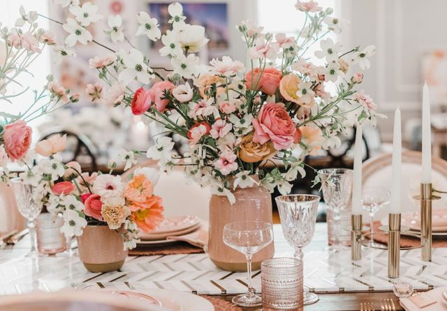 This past weekend I had the opportunity to collaborate with two amazing wedding planners on different table displays for an open house at @theparlourchapel. Chelsea from @luckydayeventsco and I created this spring explosion which was so much fun. Lucky Day, originally based in Southern California, just opened a NC office so lucky us because their design skills are on point! Photo: @jillianknightphotography