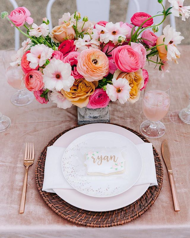 Here is another beautiful shot from Sunday. Thank you @minavonfphoto for the lovely photos! This table was styled by the wonderful team at @harmonyweddingsevents. These women are amazing and such a joy to work with. I really lucked out with two amazing design teams on Sunday. ❤️