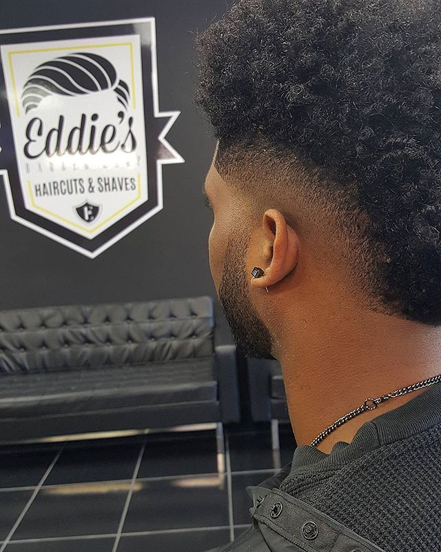 Burst fade season!  #EddiesBarbershop #Barberlife #BarberGang #BeardGang #HoustonBarbers #worldbarbershops #Barbersbelike #sharpfade #shearclub #AndisPro #WahlPro #ElegancePro #OsterProfessional #NewMagnolia #NewBarbersInTown #BarberCartel #BarbershopConnect