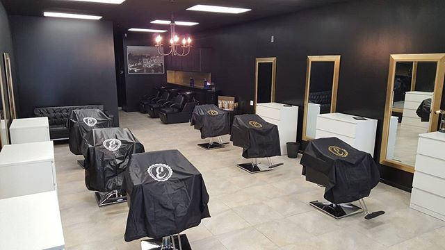 New Salon Alert! @eddiesbeautyshop Opening Day was a huge success! If you haven't stopped by, we are open Monday to Saturday 9 to 6. Any STYLISTS looking to come on board? DM us or call Zak at 832.257.7064.  #EddiesBeautyshop #EddiesBarbershop #Slayyyyyy #RedKen #Pravana #Aveda #Ombre #Sombre #Balayage #Double Process #Blonding #BrazilianBlowouts #GuyTang