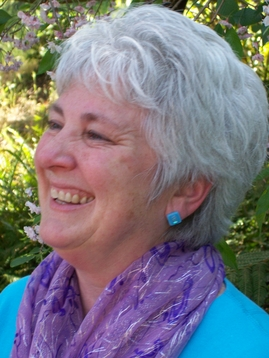 Marianne Rowe ,  MS, LMFT, is an artist, meditation teacher, relational facilitator & psychotherapist.