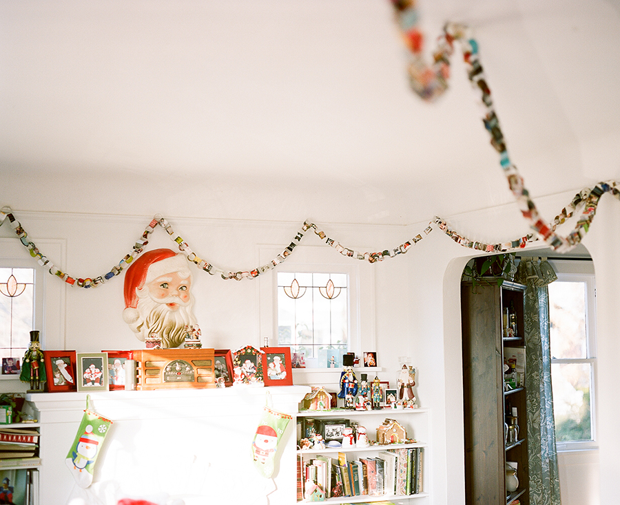 Sandra Coan, Film Photography, Holiday paper chain