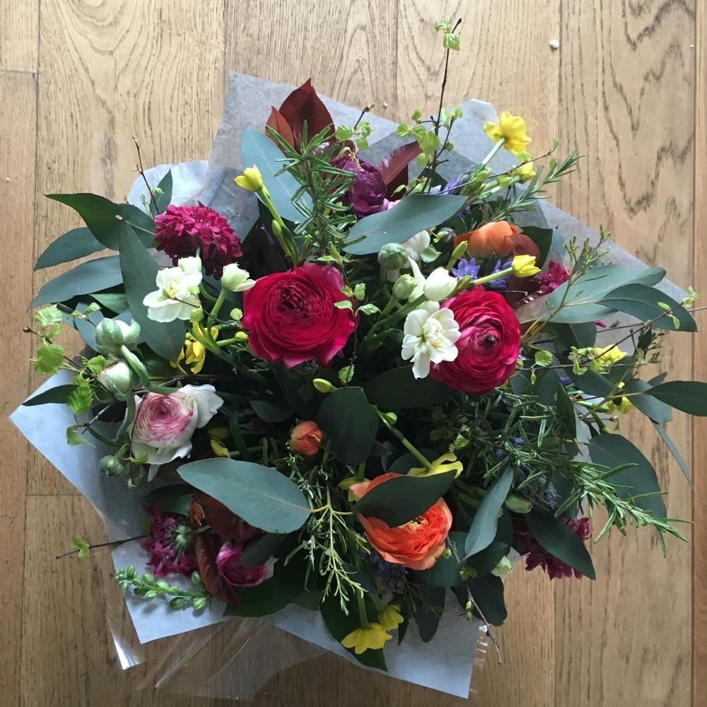 bright spring bouquet bloomologie