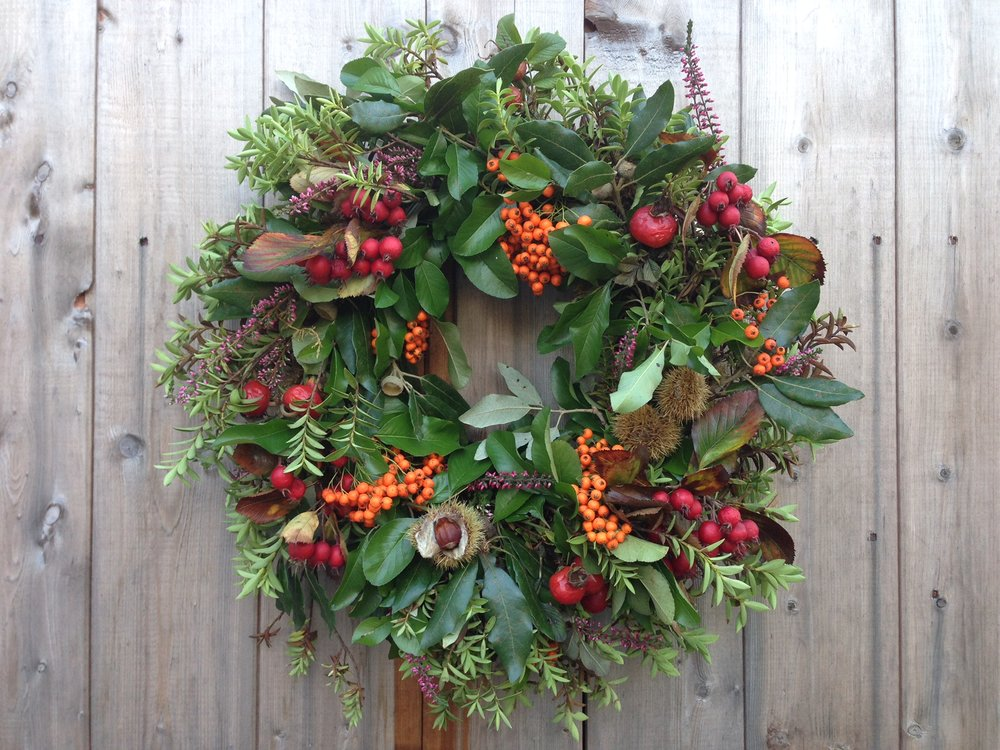 Bloomologie autumn wreath
