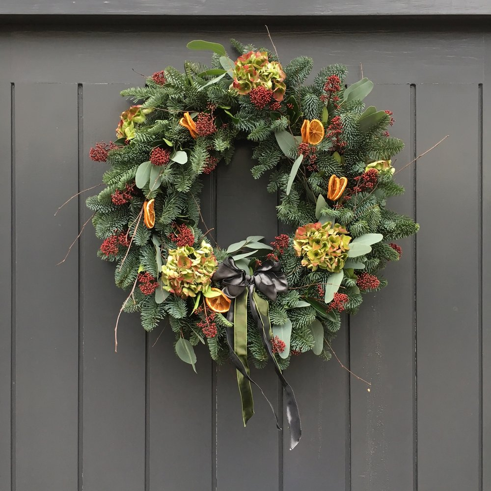 Bloomologie luxury wreath