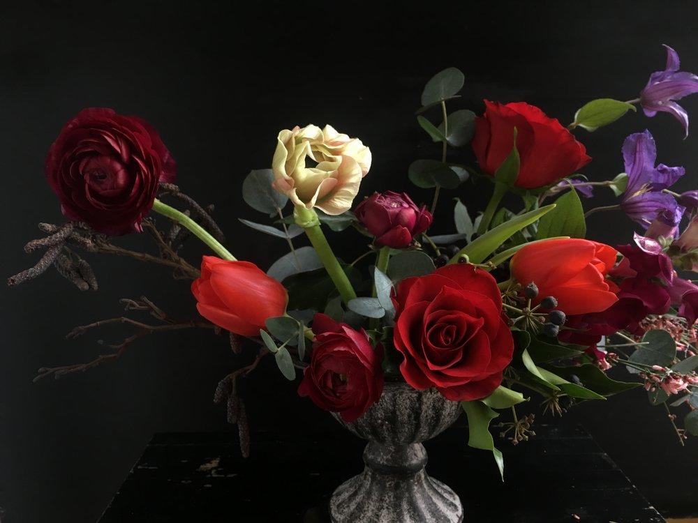 Bloomologie Valentines flowers