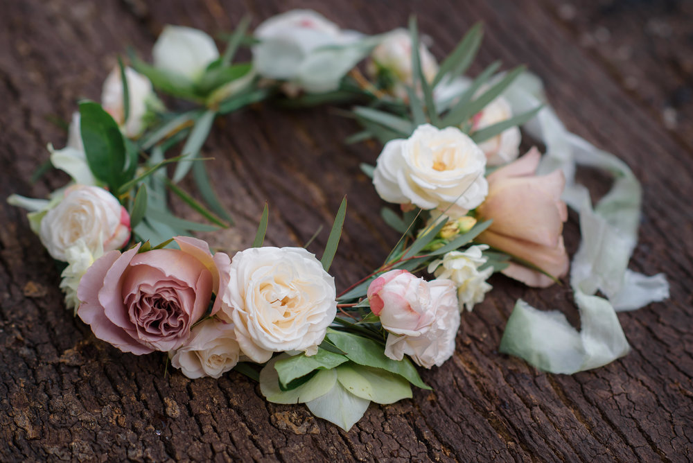 Bloomologie flower crown workshop