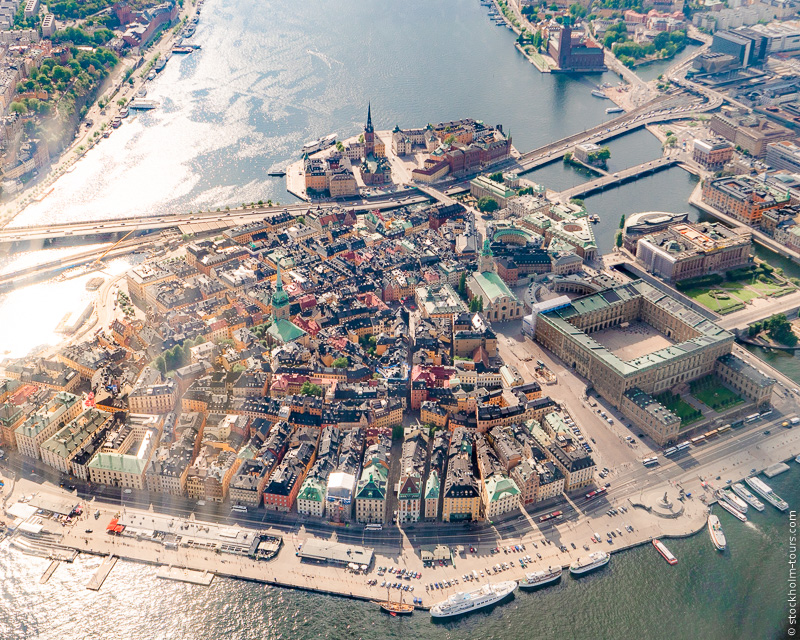 12_Stockholm helicopter tour_Стокгольм с вертолёта_Стокгольм с высоты птичьего полёта_Stockolm Mania_гид по Стокгольму_Gamla Stan.jpg