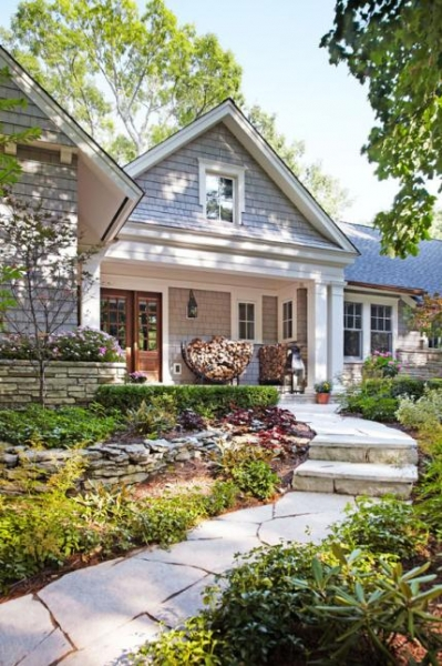 traditional home B & A: Minneapolis ranch-Front