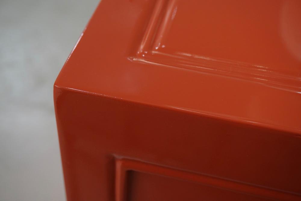 Red orange lacquer