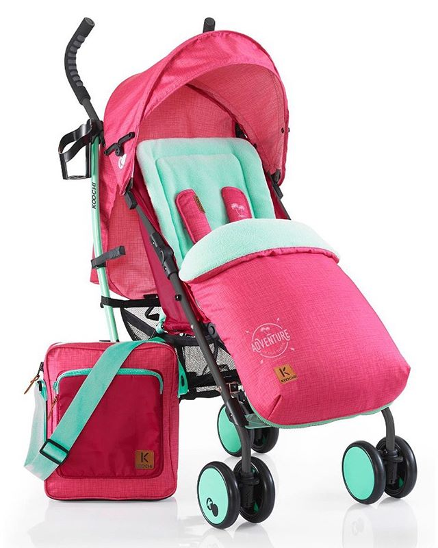 The Speedstar Bali is a lightweight umbrella fold stroller with the whole kit included. Perfect to take you from crisp, sunny days to cold, winter nights.