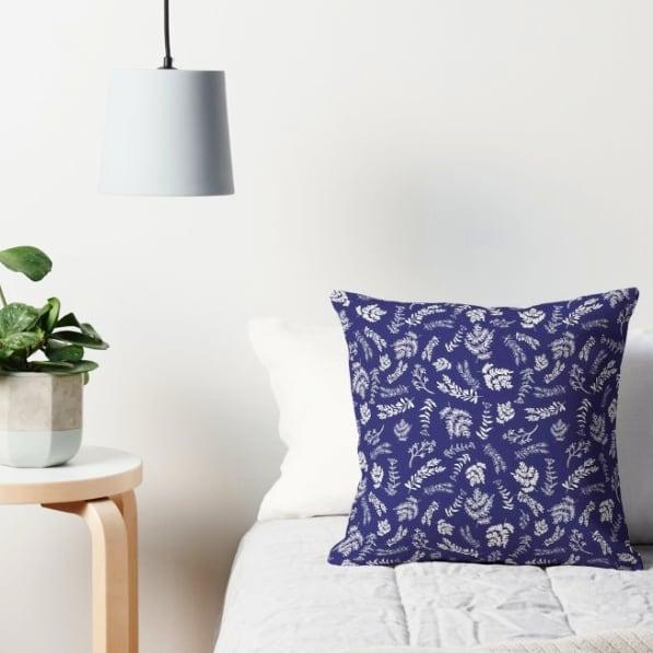 Floral Twig Blue pattern  #patternstudio . . . . . . #pattern #patternmaker #spoonflower #spoonflowerde #spoonflowerfabric #patriciasodre #designstudio #designtextil #textiledesign #pillow #homedecor #interiordesign #roomdecor #ericeira