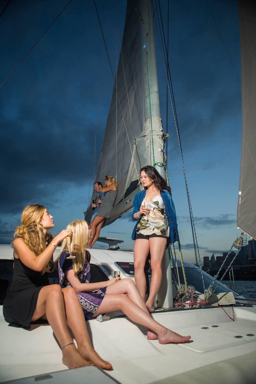 Barefoot Sailing Bow Boat020.jpeg
