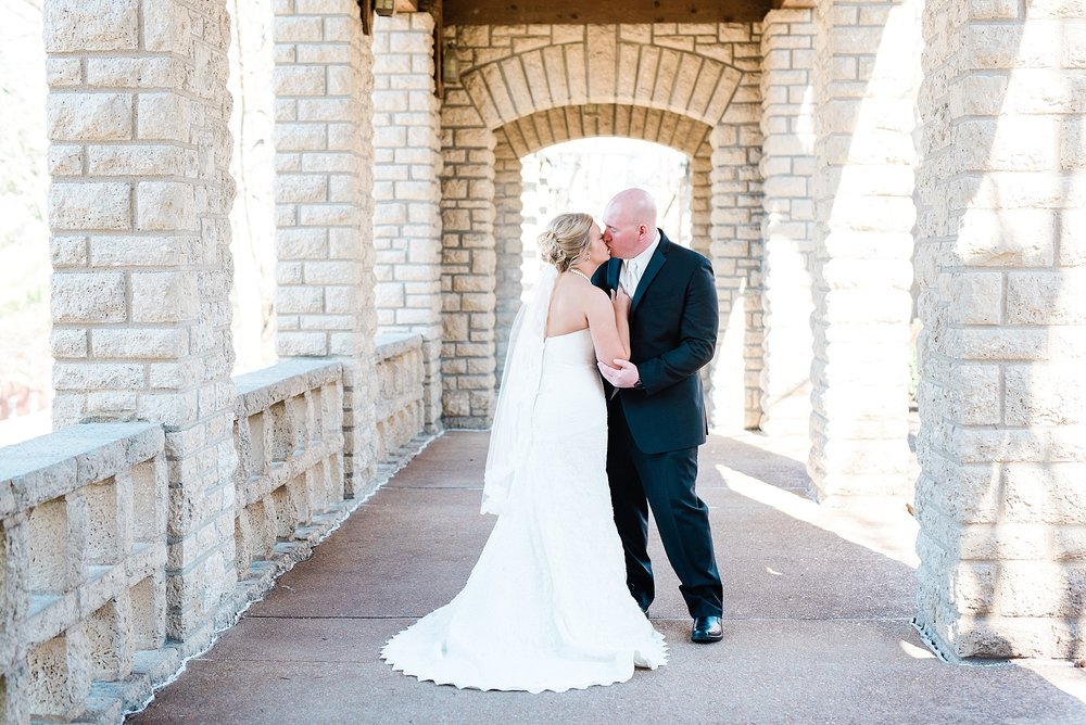 Light and Airy Spring Wedding Downtown Jefferson City Missouri State Capitol Millbottom_0015.jpg