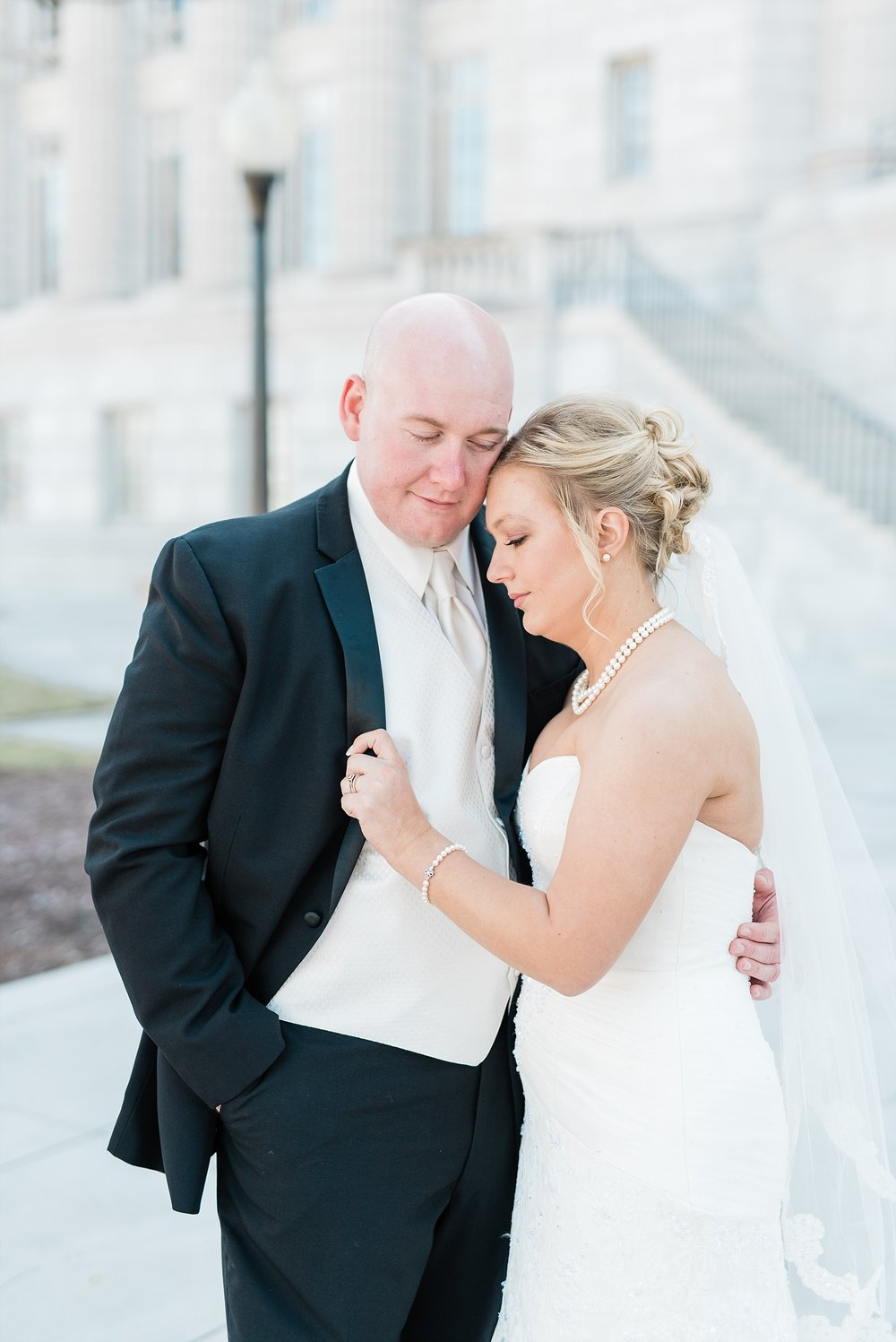 Light and Airy Spring Wedding Downtown Jefferson City Missouri State Capitol Millbottom_0017.jpg