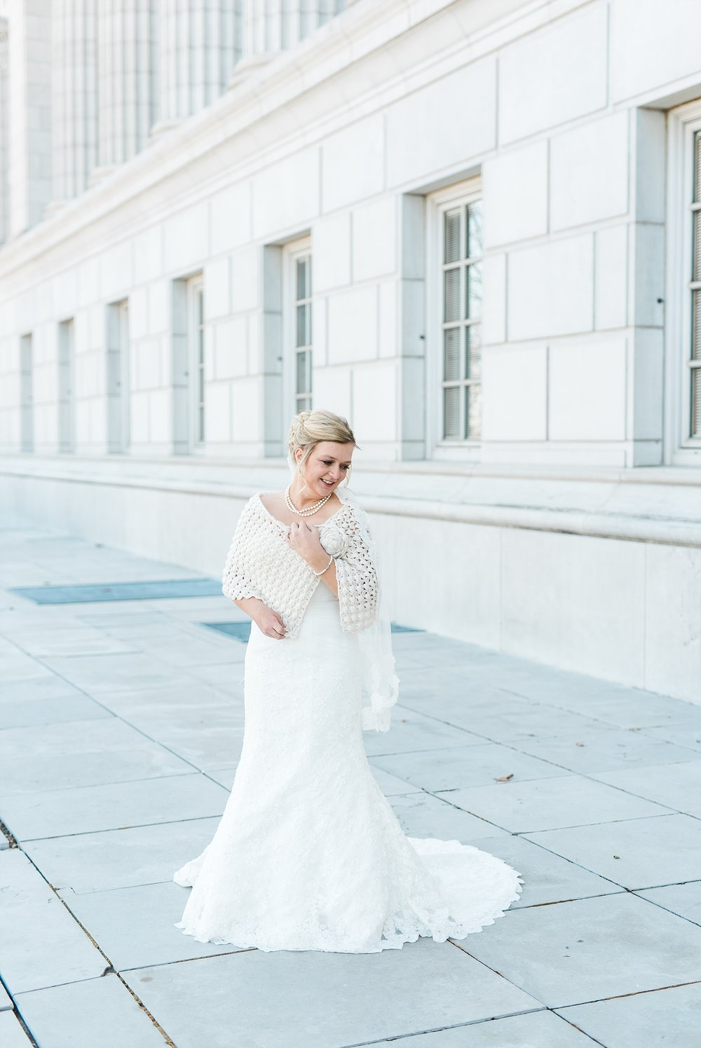 Light and Airy Spring Wedding Downtown Jefferson City Missouri State Capitol Millbottom_0019.jpg