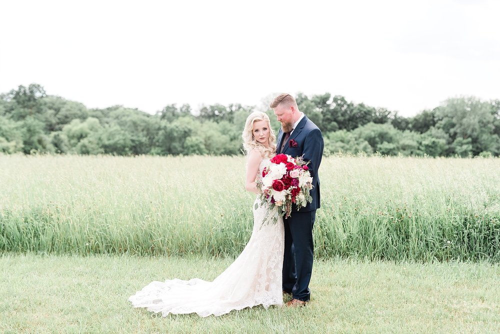 Light and Airy Spring Shabby Chic Wedding at Bessie's Barn Iowa by Kelsi Kliethermes Photography_0016.jpg