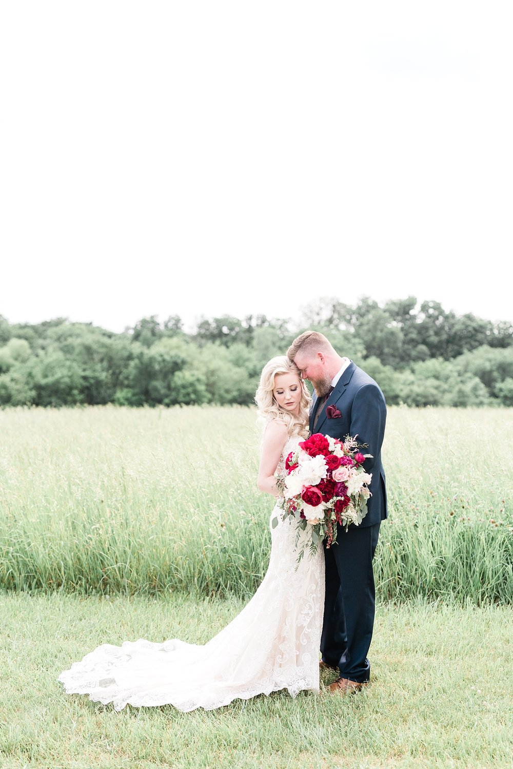 Light and Airy Spring Shabby Chic Wedding at Bessie's Barn Iowa by Kelsi Kliethermes Photography_0017.jpg