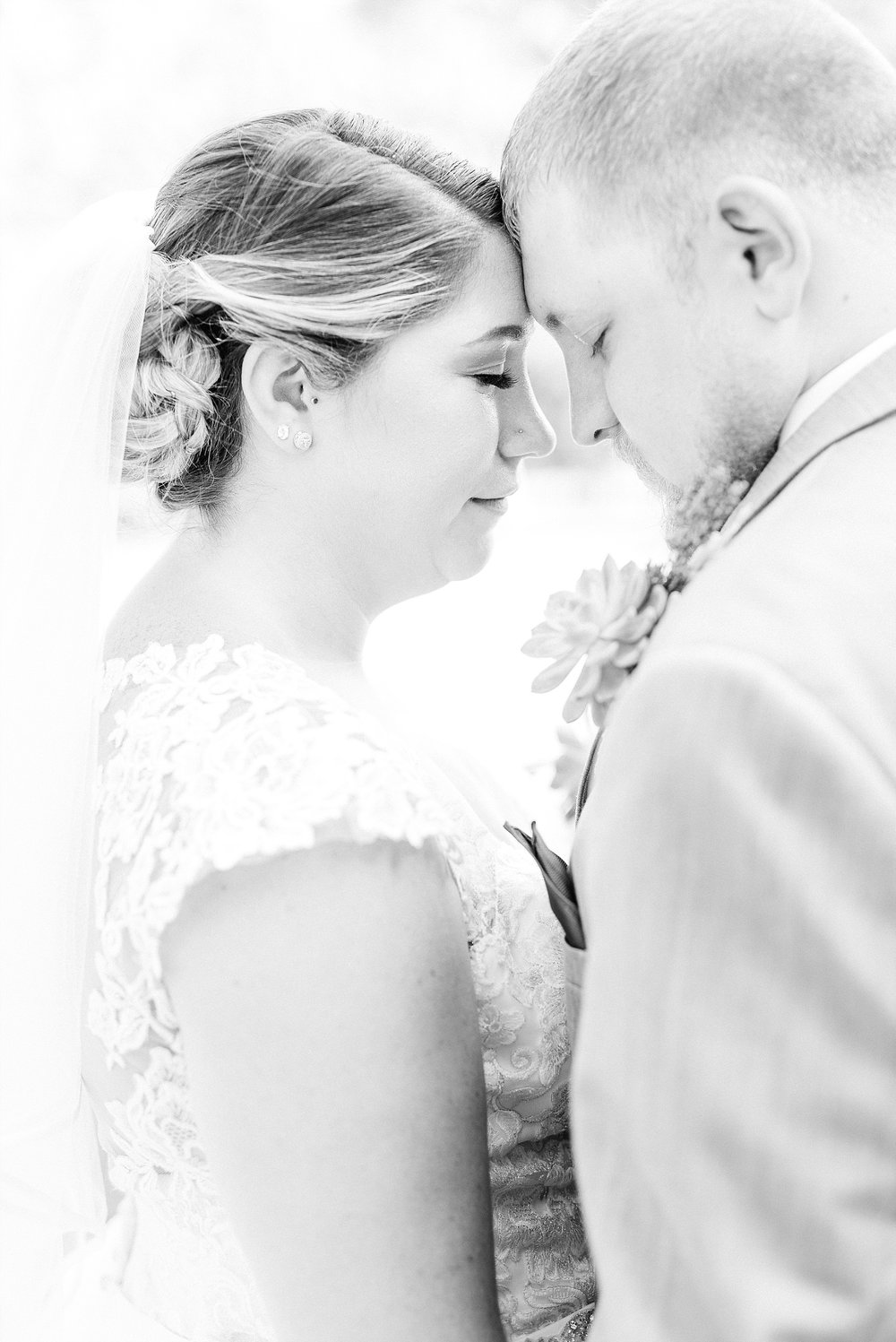 Baurichter Wedding at Stoney Creek Inn Columbia Missouri by Kelsi Kliethermes Photography_0020.jpg