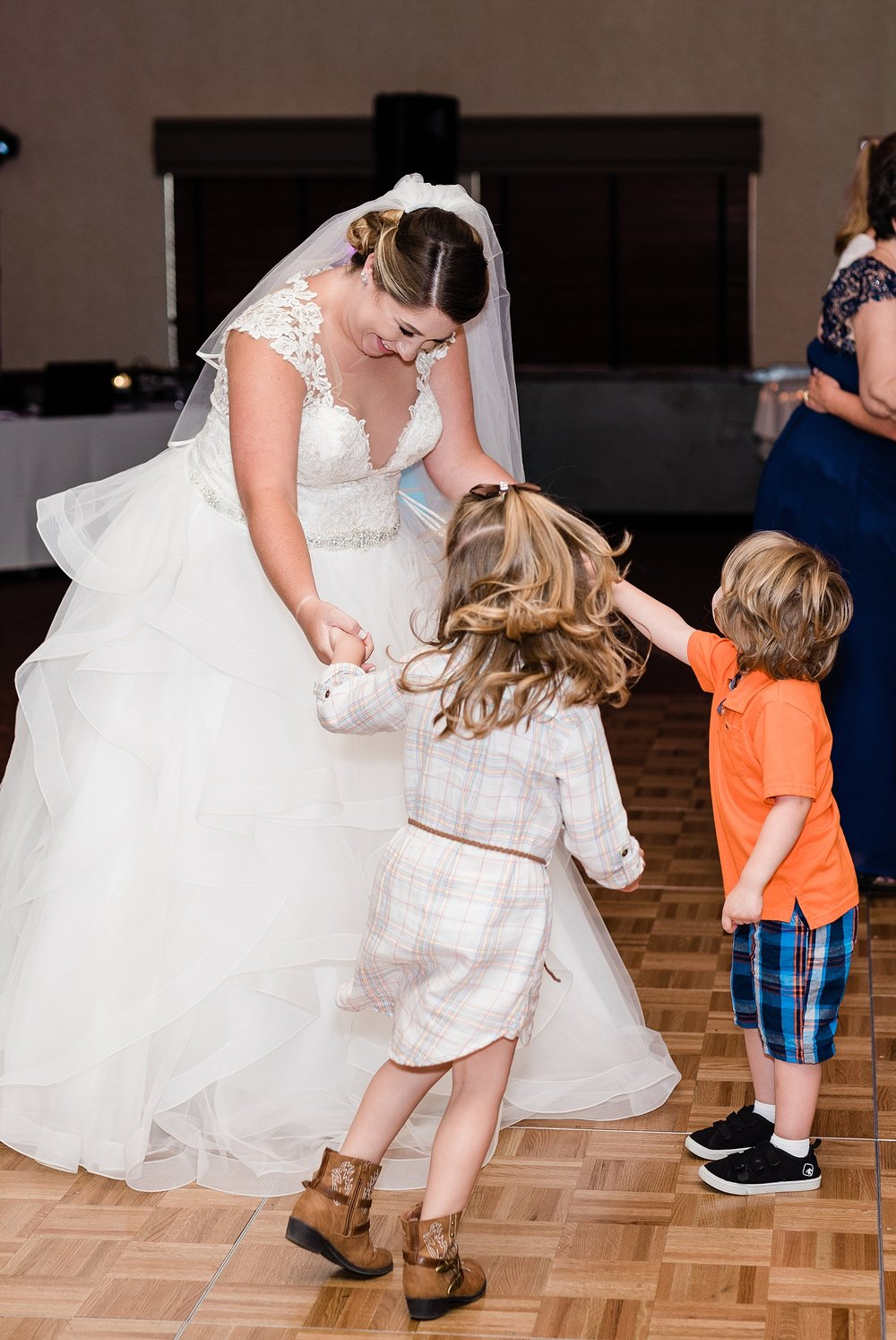 Baurichter Wedding at Stoney Creek Inn Columbia Missouri by Kelsi Kliethermes Photography_0031-1.jpg