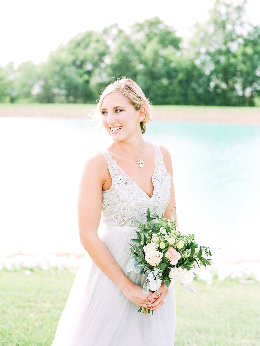 Textural Organic Wedding in All White Venue by Kelsi Kliethermes Wedding Photographer - Missouri, Midwest, and Destinations_0063.jpg