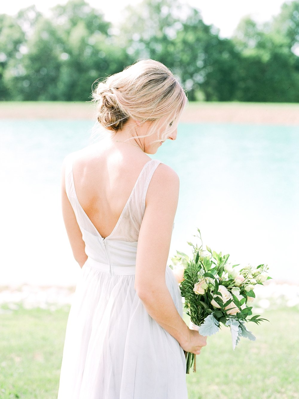 Textural Organic Wedding in All White Venue by Kelsi Kliethermes Wedding Photographer - Missouri, Midwest, and Destinations_0064.jpg