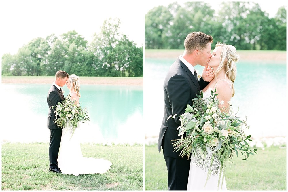 Textural Organic Wedding in All White Venue by Kelsi Kliethermes Wedding Photographer - Missouri, Midwest, and Destinations_0078.jpg