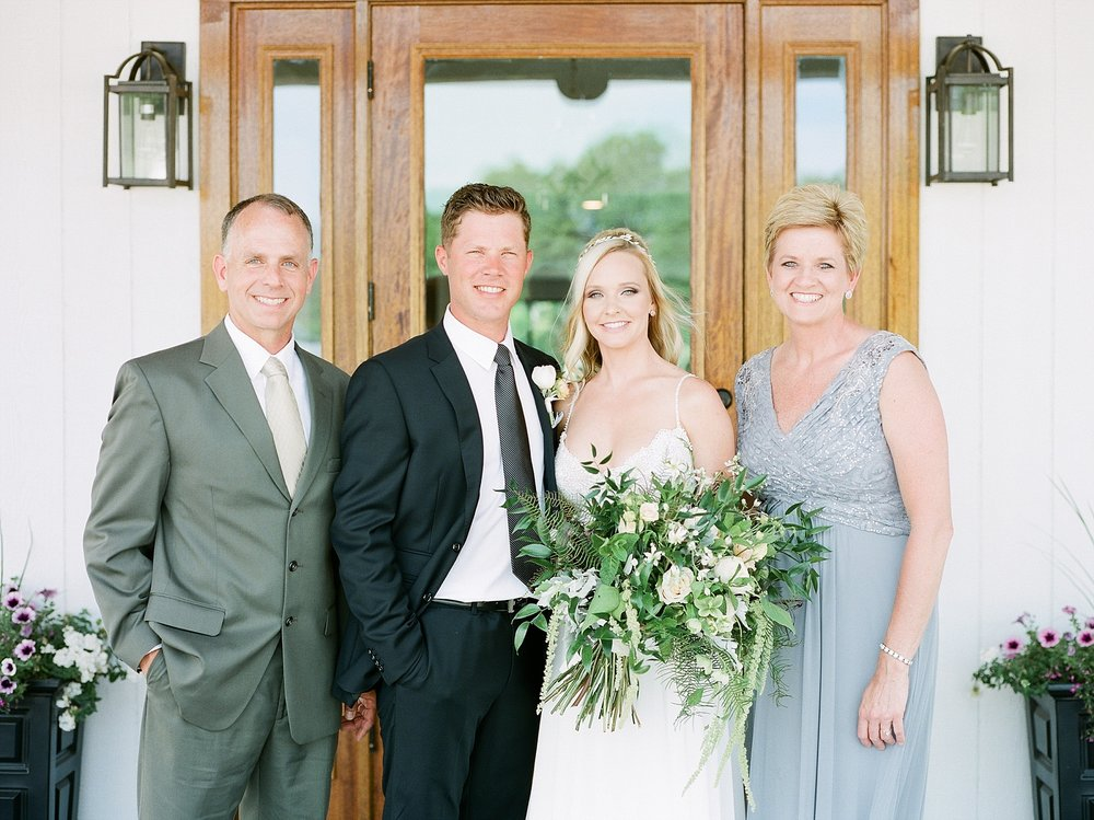 Textural Organic Wedding in All White Venue by Kelsi Kliethermes Wedding Photographer - Missouri, Midwest, and Destinations_0132.jpg
