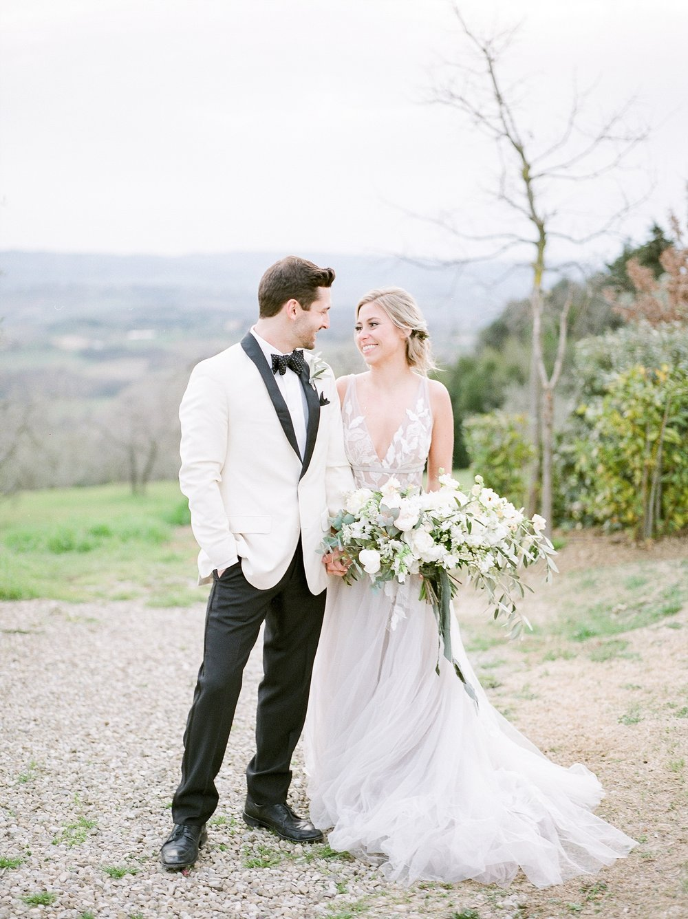 All White Destination Wedding in the Hills of Tuscany Italy at Estate Borgo Petrognano by Kelsi Kliethermes Photography_0003.jpg