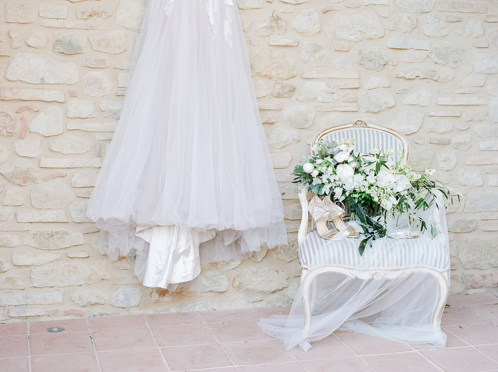 All White Destination Wedding in the Hills of Tuscany Italy at Estate Borgo Petrognano by Kelsi Kliethermes Photography_0005.jpg