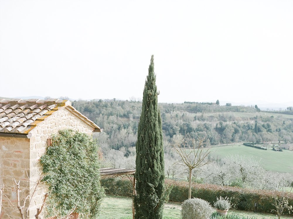 All White Destination Wedding in the Hills of Tuscany Italy at Estate Borgo Petrognano by Kelsi Kliethermes Photography_0016.jpg