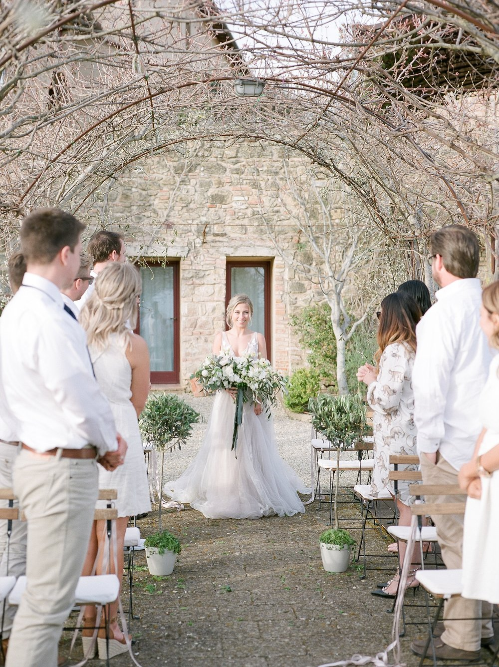 All White Destination Wedding in the Hills of Tuscany Italy at Estate Borgo Petrognano by Kelsi Kliethermes Photography_0047.jpg