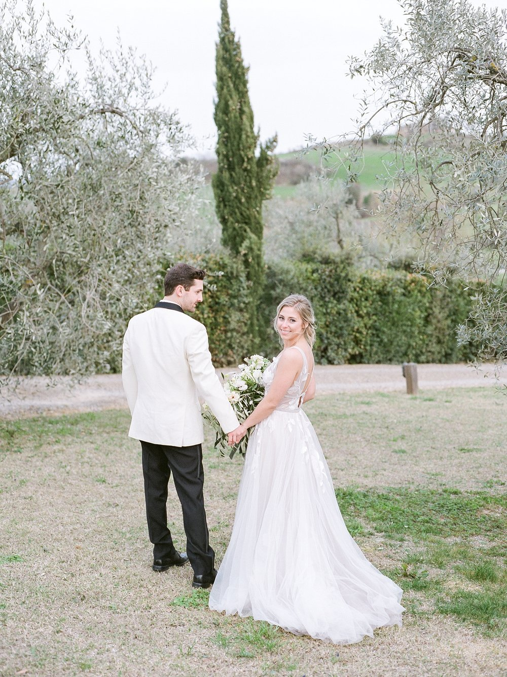 All White Destination Wedding in the Hills of Tuscany Italy at Estate Borgo Petrognano by Kelsi Kliethermes Photography_0058.jpg