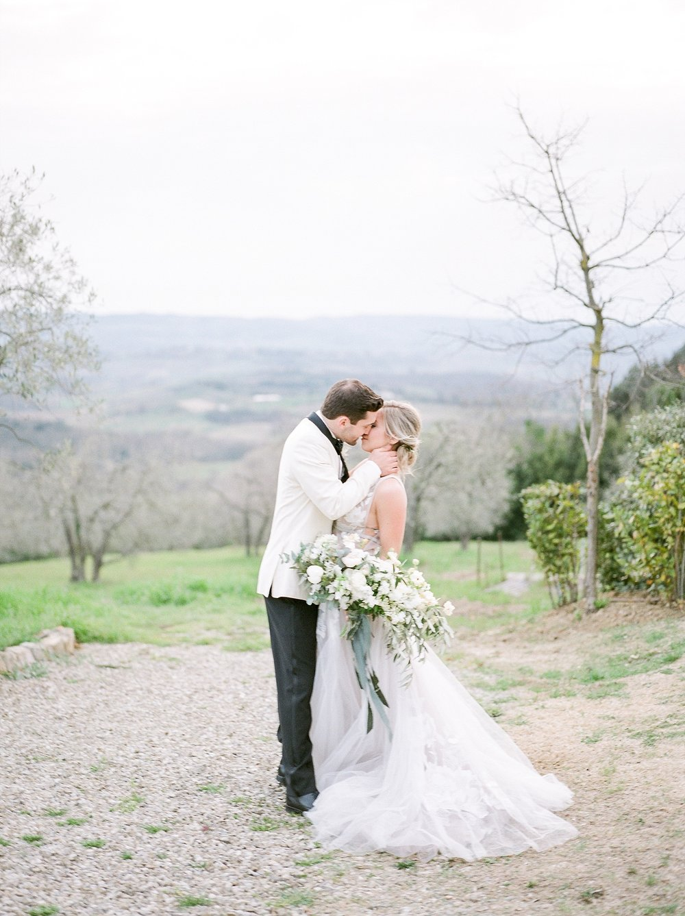 All White Destination Wedding in the Hills of Tuscany Italy at Estate Borgo Petrognano by Kelsi Kliethermes Photography_0064.jpg