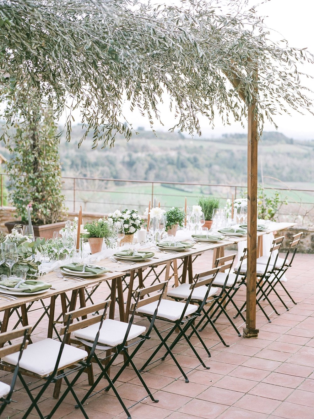 All White Destination Wedding in the Hills of Tuscany Italy at Estate Borgo Petrognano by Kelsi Kliethermes Photography_0069.jpg