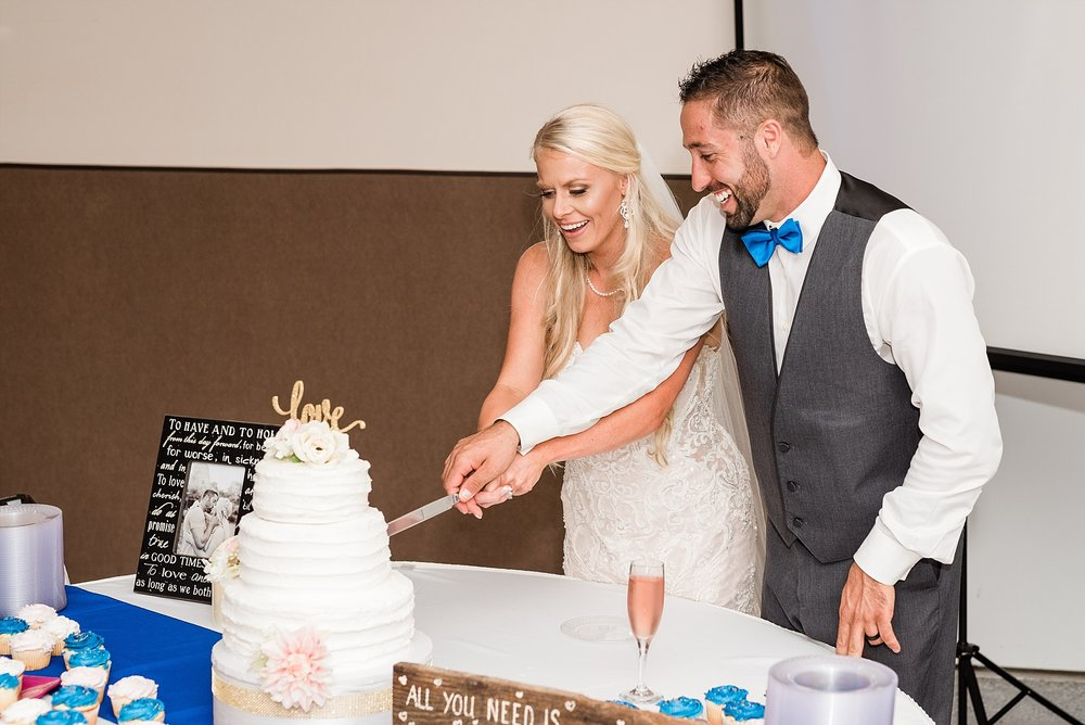 Alan and Heather Horn Wedding by Kelsi Kliethermes Photography Associate - Rachel_0018.jpg