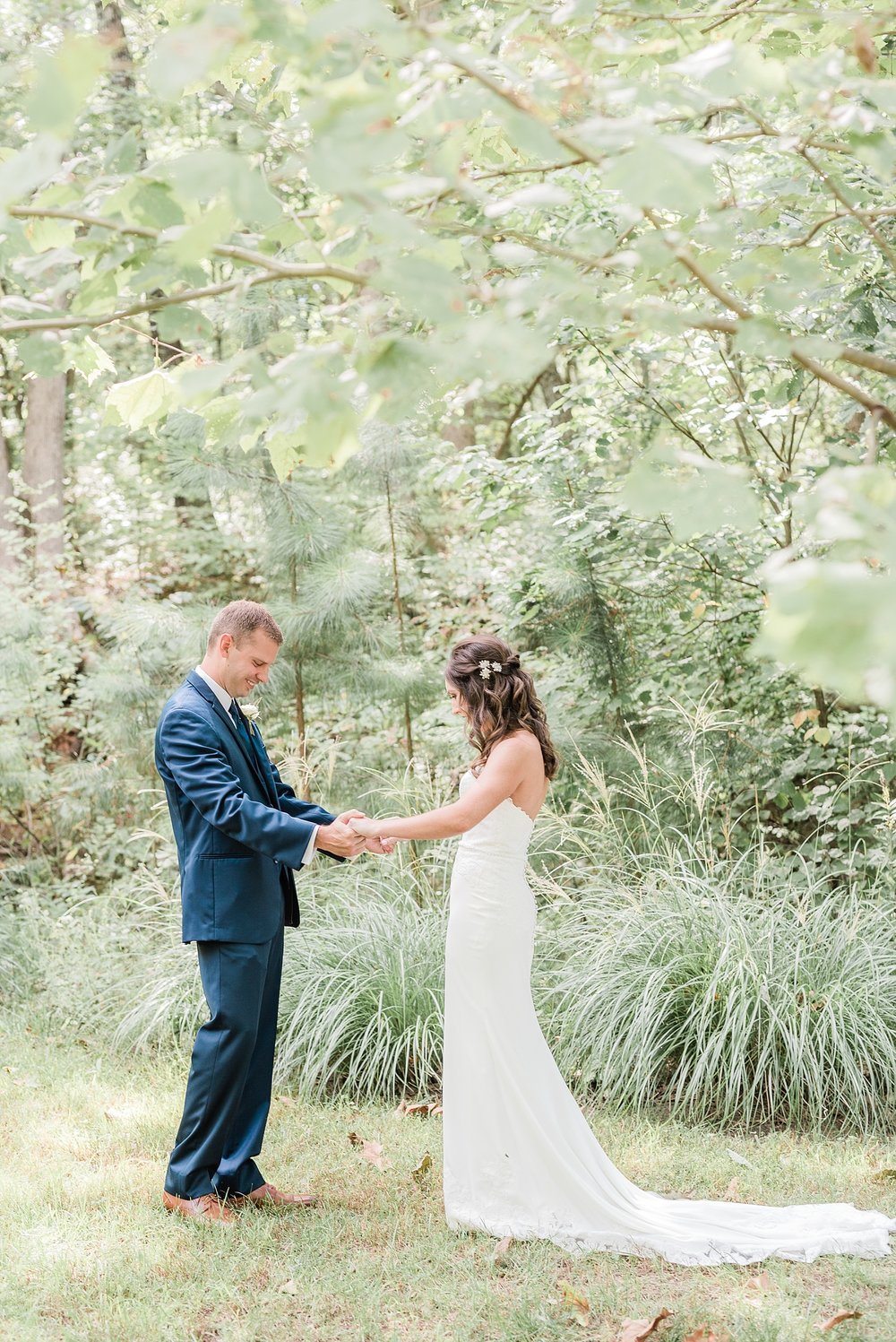 Romantic Summer Sunset Wedding Ceremony at Little Piney Lodge St. Louis Missouri by Kelsi Kliethermes Photography Fine Art Photographer_0044.jpg