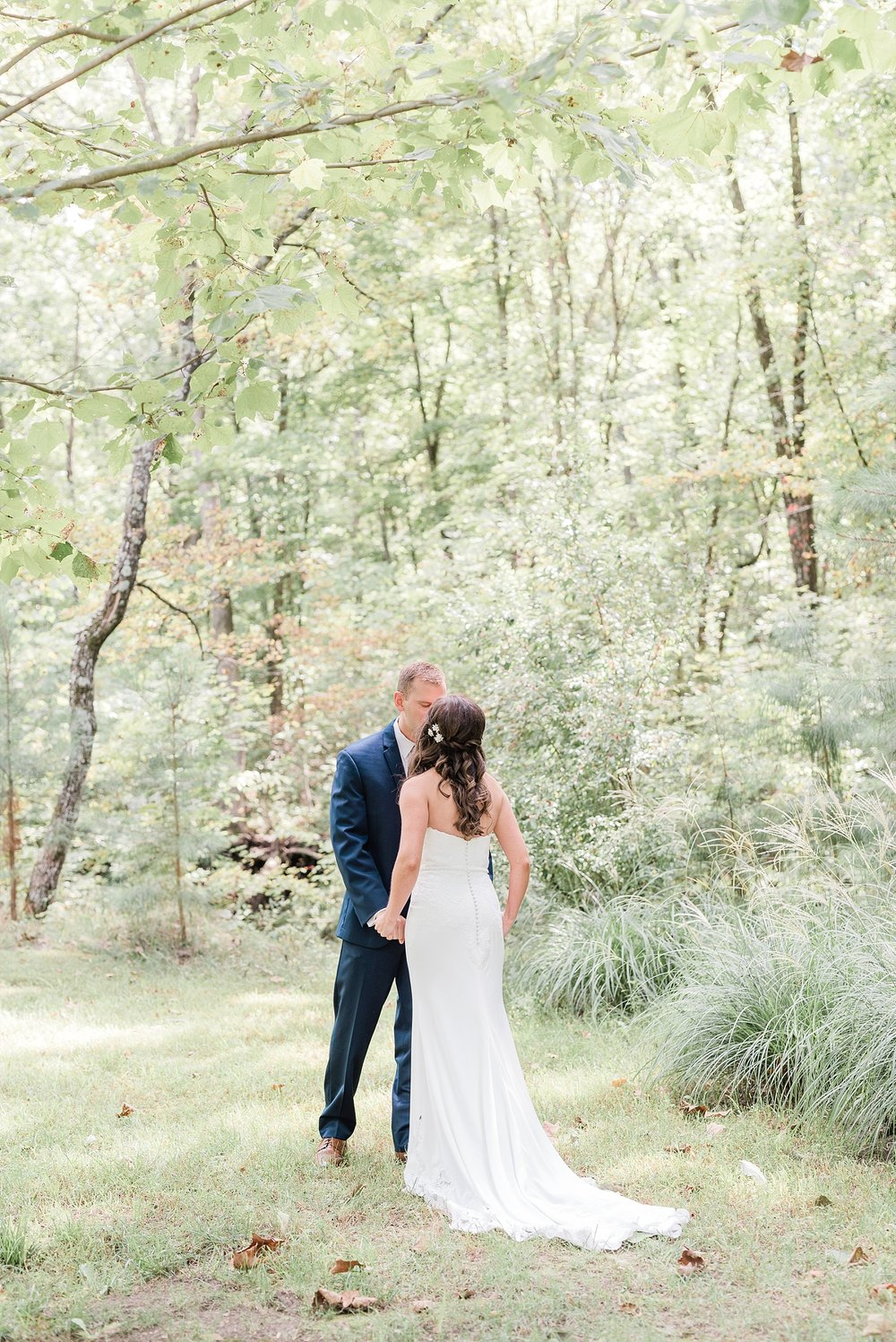 Romantic Summer Sunset Wedding Ceremony at Little Piney Lodge St. Louis Missouri by Kelsi Kliethermes Photography Fine Art Photographer_0045.jpg