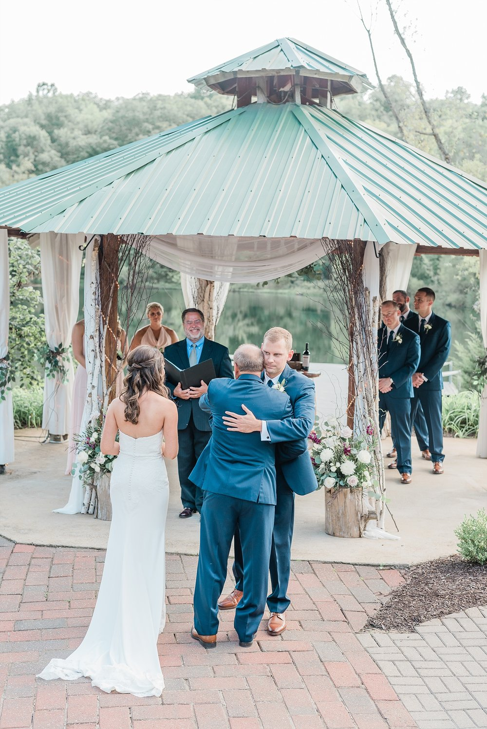 Romantic Summer Sunset Wedding Ceremony at Little Piney Lodge St. Louis Missouri by Kelsi Kliethermes Photography Fine Art Photographer_0055.jpg